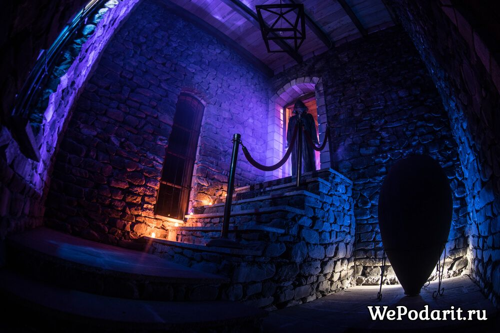 Екскурсія в замок з привидами